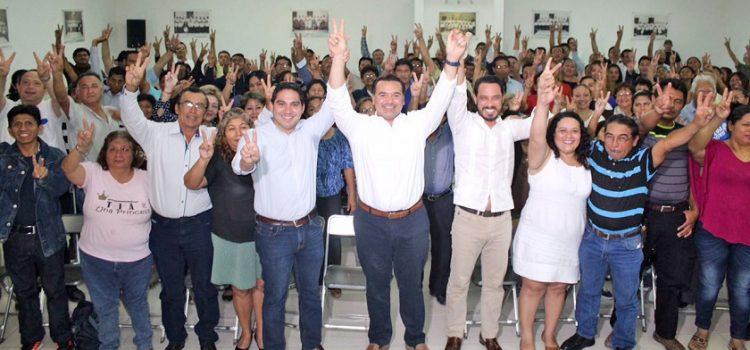 Se reúne Renán Barrera con coordinadores de los subcomités panistas