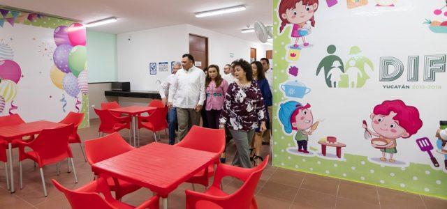 Modernizan el Centro de Convivencia Familiar de Yucatán