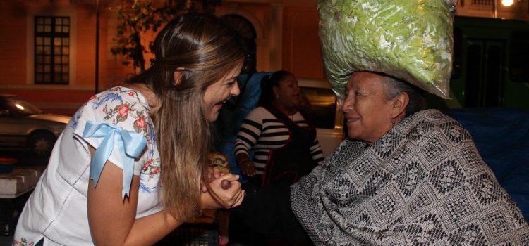 Palpa Cecilia Patrón el sacrificio y esfuerzo de empleados madrugadores