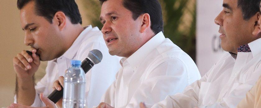 Sahuí anticipará nombres de titulares en seguridad y economía
