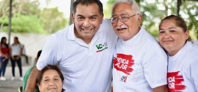 Garantiza Víctor Caballero mismas oportunidades de empleo para adultos mayores