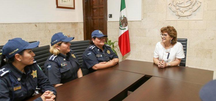 Reconocen el profesionalismo de las mujeres policías de Mérida
