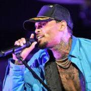 Chris Brown arrestado por cargo de agresión en Florida