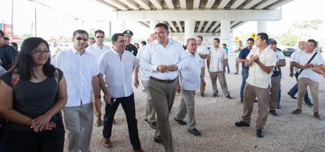 Inauguran el paso superior vehicular de la carretera Mérida-Tizimín