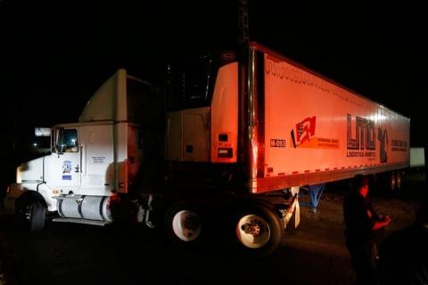 No es uno, son dos camiones que trasladan unos 300 cadáveres en Jalisco