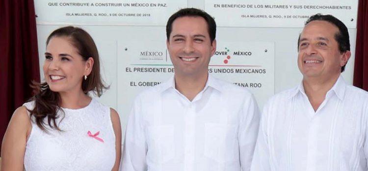 """Vila participa en la inauguración de """"Ciudad Militar"""" en Cancún"""