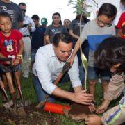 Renán Barrera promueve más acciones a favor del medio ambiente