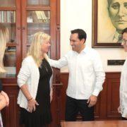 Mauricio Vila escucha necesidades de representantes de cruceros