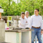Anuncia Renán Barrera la construcción de osarios para comisarías