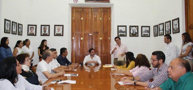 Zacarías y funcionarios de Progreso donaron su sueldo