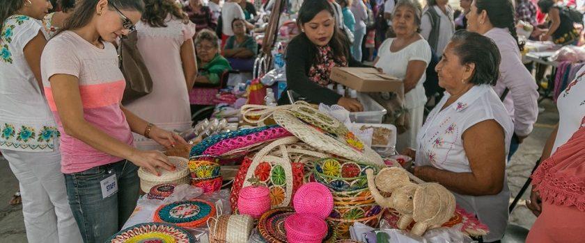 Realiza DIF Yucatán su primer Bazar Artesanal