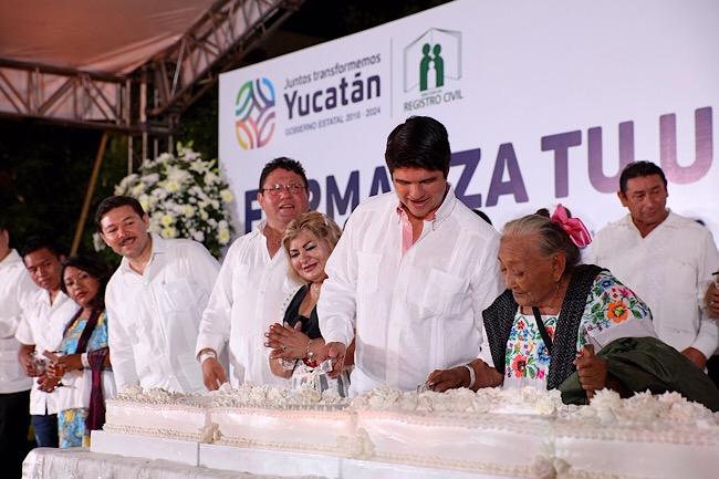 Más de 500 parejas formalizan su unión