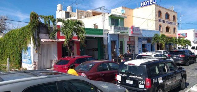 """Detienen a ladrones de joyería, en el hotel  """"Pedro Infante"""""""