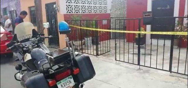 A plena luz del día, roban a punta de pistola en Mérida