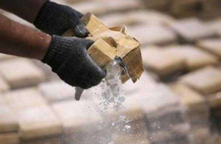 Con cargamento de cocaína ancianitos son detenidos en crucero