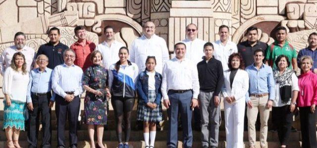 """Renán Barrera reconoce a """"los rostros de Mérida"""" en este 2018"""