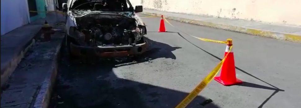 Misterioso incendio de dos automóviles en La Ermita