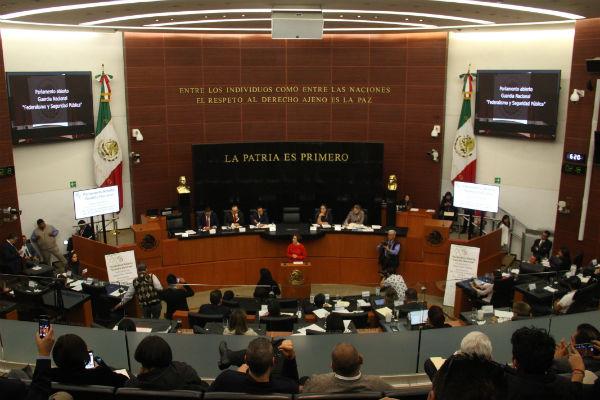 Gobernadores apoyan creación de la Guardia Nacional, pero piden límites