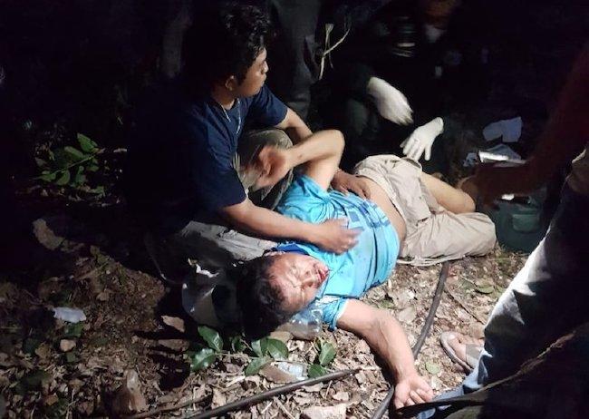 Ebrio cae un un árbol de Ramón y pide que lo dejen morir