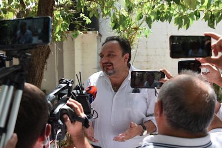 Llama Panchito Torres a votar y garantizar respeto al proceso