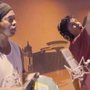 Ronaldinho canta un rap contra la corrupción