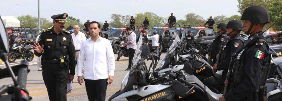 El Gobernador Mauricio Vila Dosal inicia la entrega de 350 nuevas patrullas para la SSP