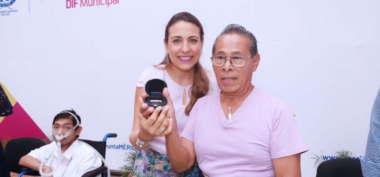 DIF Mérida realiza la tercera entrega masiva de aparatos ortopédicos