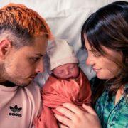 Se convierte 'Chicharito' en padre