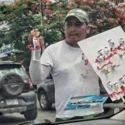 Hombre vende Forkys, de 'Toy Story', hechos por él mismo