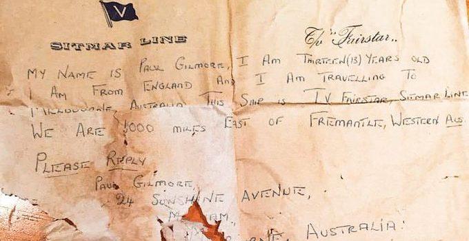Niño australiano encuentra dentro de una botella una carta escrita hace 50 años