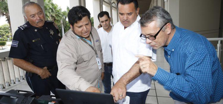 El alcalde Renán Barrera supervisa equipo especializado para monitorear el ruido en Mérida