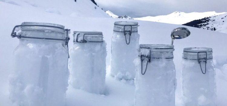Descubren partículas plásticas en nieve del Ártico