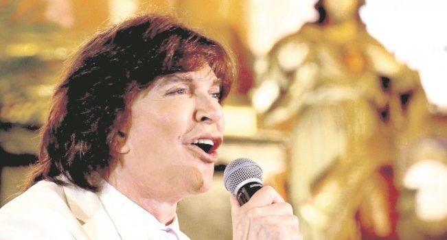 El cantante Camilo Sesto murió a los 72 años de edad