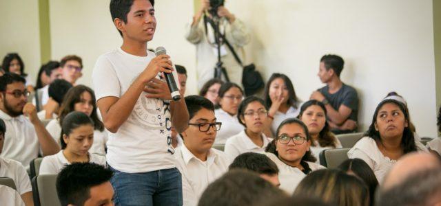 Laureados con el Nobel de la Paz se reúnen con estudiantes de preparatorias yucatecas