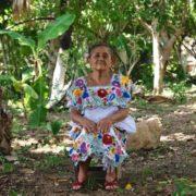 IMSS-Bienestar trabaja con parteras rurales en beneficio de las mamás y sus bebés