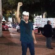 Omar, joven de Tlatelolco que desarmó a sus asaltantes, es detenido acusado de agresión