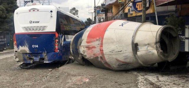 Accidente vehicular en Santa Fe en CDMX deja al menos 15 lesionados