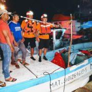 Marinos rescatan a pescadores que se quedaron a la deriva al Norte de Telchac Puerto