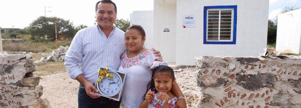 El alcalde Renán Barrera entrega nuevas obras para mejorar la calidad de vida en comisarías