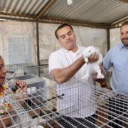 """""""Círculo 47"""" da certeza de calidad tanto a productores como a consumidores, afirma el alcalde Renán Barrera"""