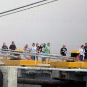 Turistas descienden del crucero MSC Meraviglia, atracado en Cozumel, Q.Roo