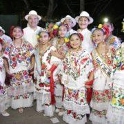 """Algarabía y tradición se entrelazan en el emblemático """"Lunes Regional"""" en Ciudad Carnaval"""