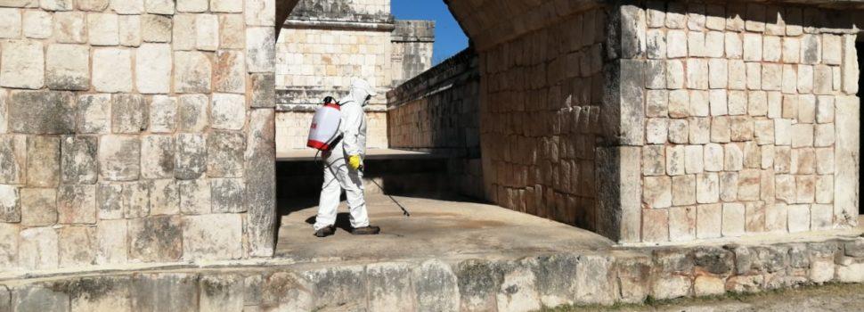 """INAH Yucatán sanitiza Chichén Itzá, Uxmal y el Museo Regional de Antropología """"Palacio Cantón"""""""