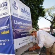 Instalan en el Centro Histórico de Mérida: lavamanos, carpas y un túnel sanitizante para evitar el Covid-19