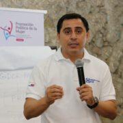11 diputados yucatecos dan la espalda a los yucatecos: Asís Cano
