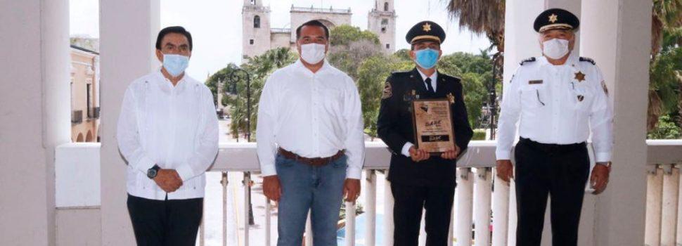 Reconocimiento nacional a Mérida por la labor que realiza el programa D.A.R.E