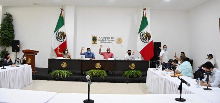 Diputados aprueban en Comisión legalizar a mototaxis, tricitaxis, motocarros y calesas en Yucatán