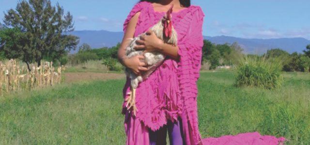 Karen Vega, la primera modelo oaxaqueña en las páginas de Vogue