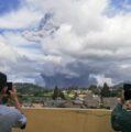Registran erupción de volcán Sinabung en Indonesia