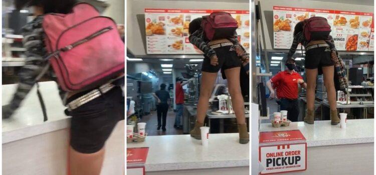 Por no usar cubrebocas, mujer arma berrinche tras negarle atención en KFC